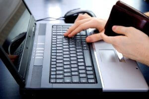 Процедура возврата товара, купленного через интернет, имеет отличия