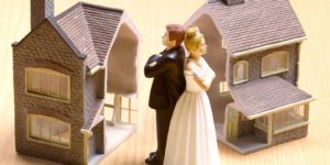 Соглашение о разделе общего имущества супругов может быть составлено как во время брака, так и после развода