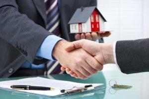 Свои действия каждый участник доверительного управления недвижимостью должен совершать законно