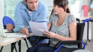 Инвалид может получить льготу по ЖКХ только в том случае, когда он прописан в квартире