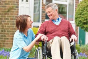 Инвалиды второй группы могут получить отдельное жилье, если могут сами обслуживать себя в быту