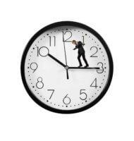 Тарифную ставку можно рассчитать за 1 час, день или месяц
