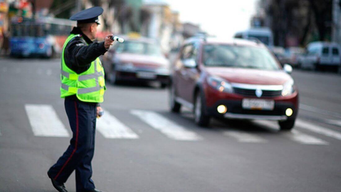 Чтотгрозин за неоднократное нарушение не пропустил пешехода