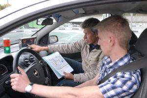 Для повторного получения прав водитель сдает лишь теоретическую часть экзамена