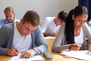 Языковые тесты проверяют уровень владения грамматикой у соискателя