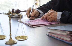 Сроки ознакомления с материалами дела составляют 10 дней с даты подачи заявления