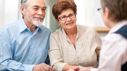 В каком порядке устанавливается право на одновременное получение двух пенсий