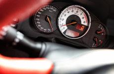 Как узнать, скручен ли пробег на автомобиле, способы скручивания