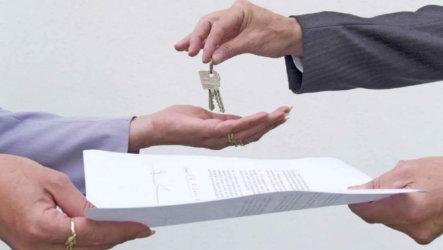 Как защититься от мошенников: что нужно знать при съёме квартиры